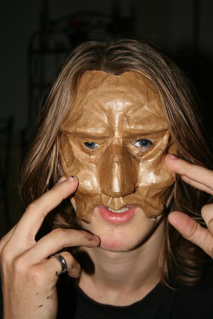 Novembre - Fabrication d'un masque